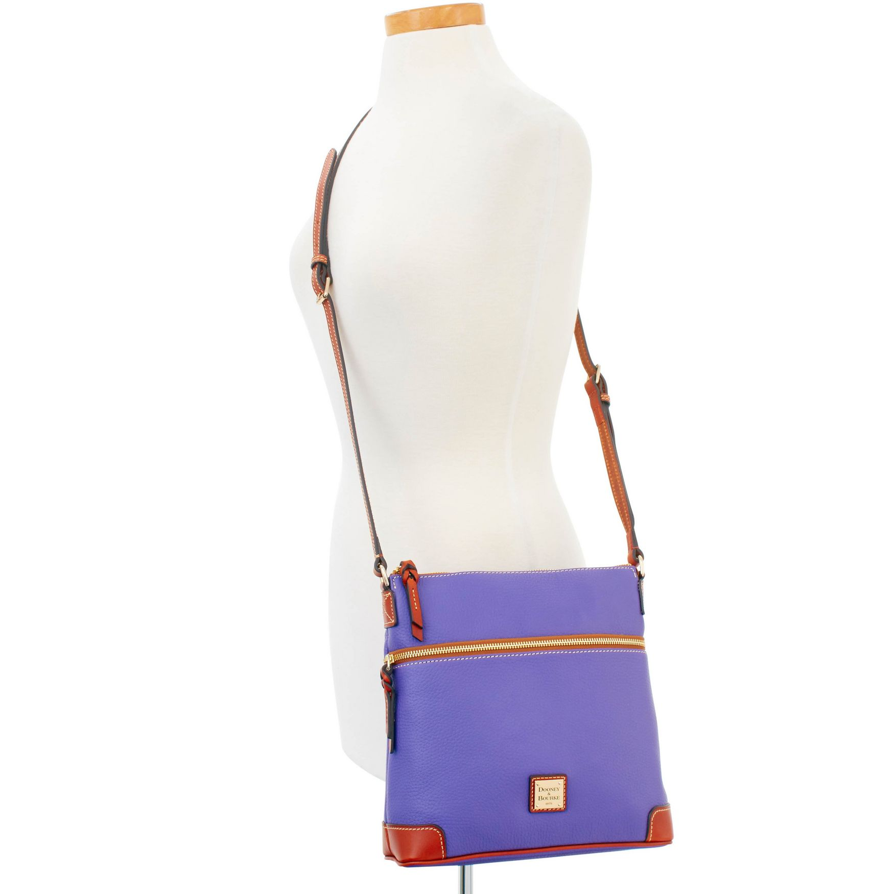 Dooney-amp-Bourke-Pebble-Grain-Crossbody-Medium-Wristlet-Shoulder-Bag thumbnail 6