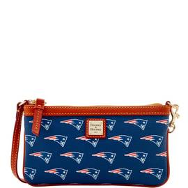 Patriots Large Slim Wristlet